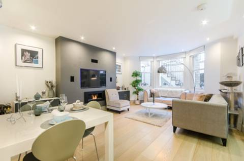 View full details for Elm Park Gardens, South Kensington, SW10