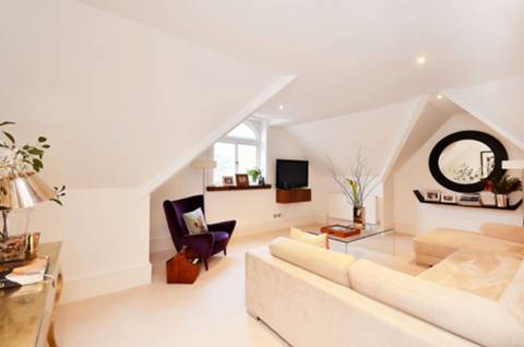View full details for Cadogan Gardens, Sloane Square, SW3