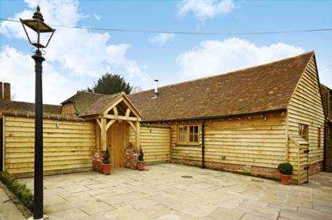 View full details for The Old Forge, Frosbury Farm, Gravetts Lane, Guildford, GU3