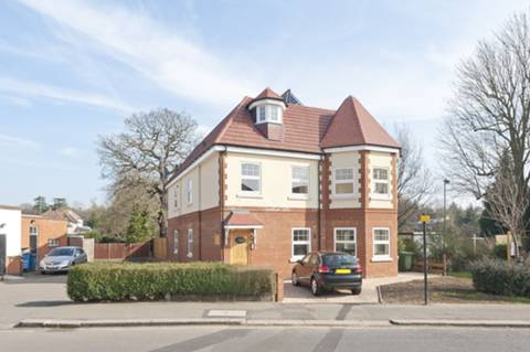 View full details for Avenue Road, Pinner, HA5