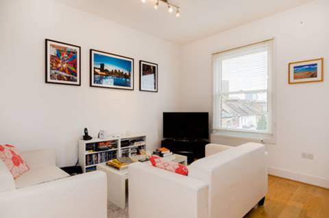 View full details for Munster Road, Munster Village, SW6