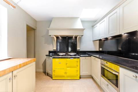 View full details for Eyot Gardens, Chiswick Mall, W6
