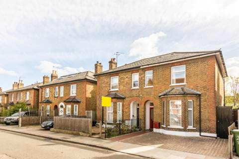 View full details for Manor Road, Richmond, TW9