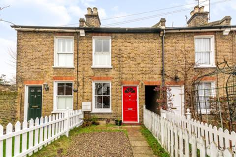 View full details for Grosvenor Road, Twickenham, TW1