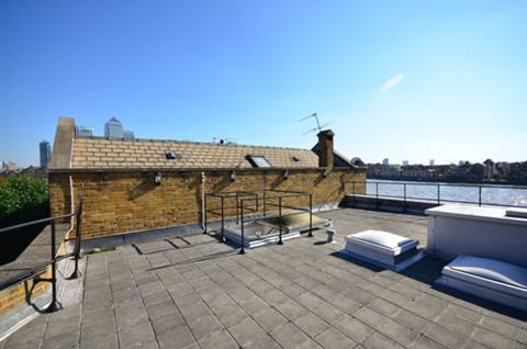 View full details for Blyth's Wharf, Narrow Street, Limehouse, E14