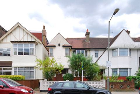 View full details for Marius Road, Tooting Bec, SW17