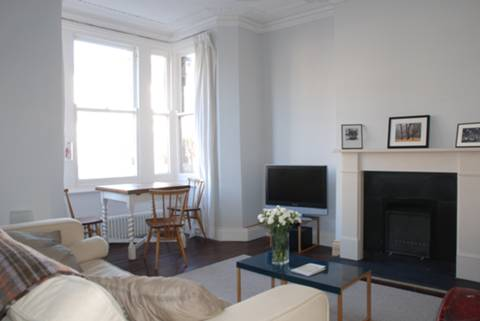 View full details for Carysfort Road, Stoke Newington, N16