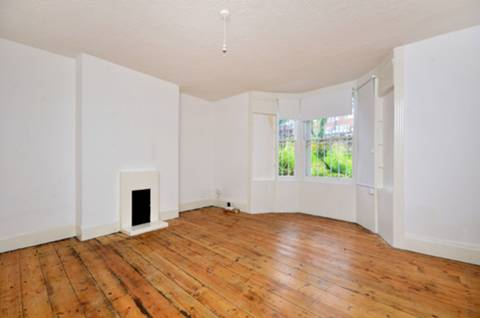 View full details for Farleigh Road, Stoke Newington, N16