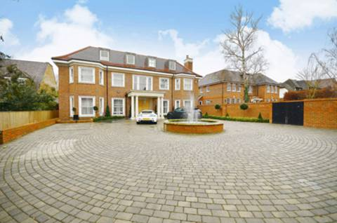 View full details for Beech Hill, Hadley Wood, EN4