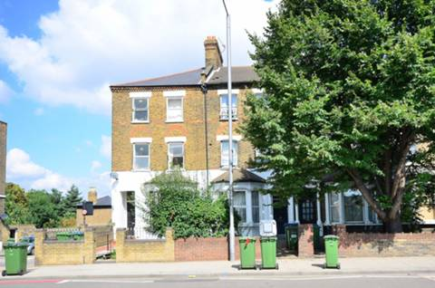 View full details for Blackheath Road, Greenwich, SE10