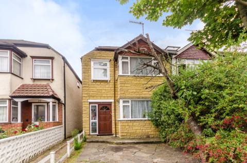 View full details for Cromwell Avenue, New Malden, KT3