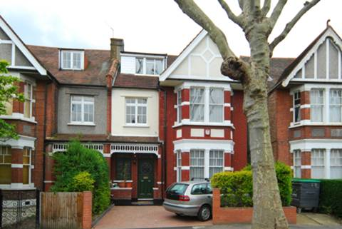View full details for Hart Grove, Ealing Common, W5