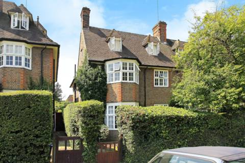 View full details for Corringham Road, Hampstead Garden Suburb, NW11