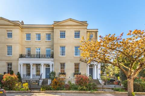 View full details for St Peters Square, Hammersmith, W6
