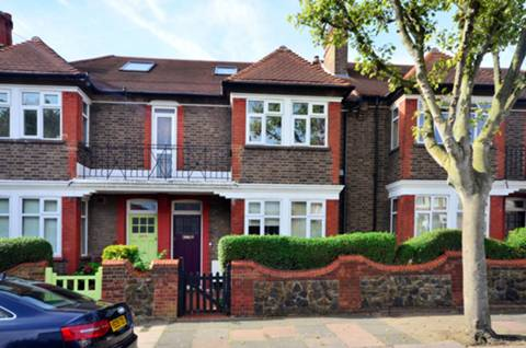 View full details for Beeches Road, Tooting, SW17