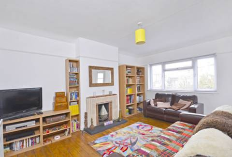 View full details for Haysleigh Gardens, Anerley, SE20