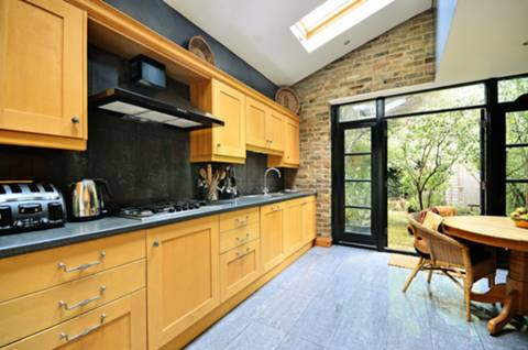 View full details for Stonenest Street, Stroud Green, N4