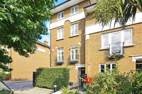 View full details for Hurlingham Square, Peterborough Road, Sands End, SW6