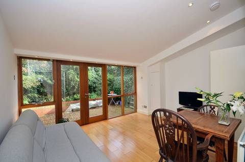 View full details for Blackstock Road, Finsbury Park, N4