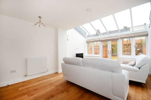 View full details for Hepdon Mews, Tooting, SW17
