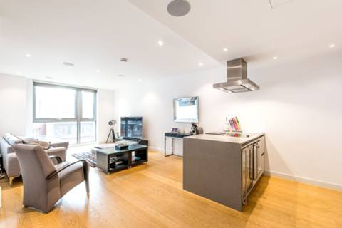 View full details for Buckingham Gate, St James's Park, SW1E