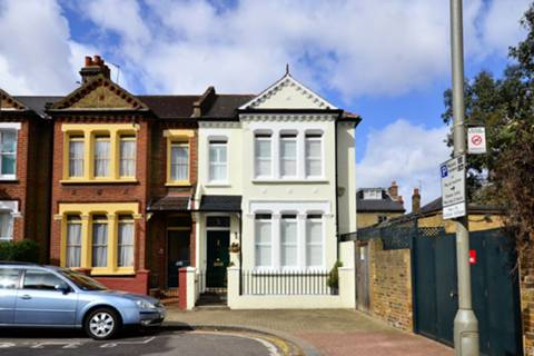 View full details for Marney Road, Clapham Common North Side, SW11