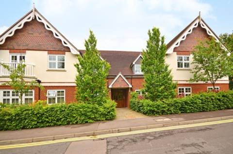 View full details for Pewley Heights, Guildford, GU1