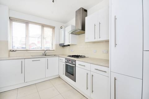 View full details for Creighton Avenue, East Finchley, N2