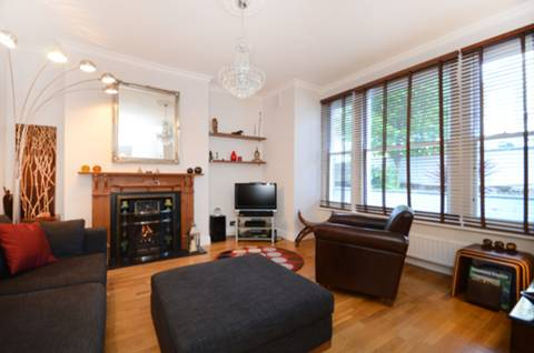 View full details for Portland Rise, Finsbury Park, N4