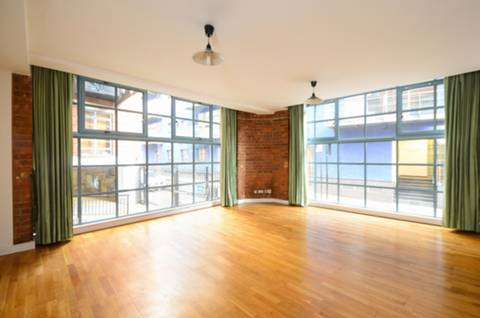 View full details for Boss Street, Canary Wharf, SE1