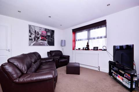 View full details for Howards Road, Plaistow, E13