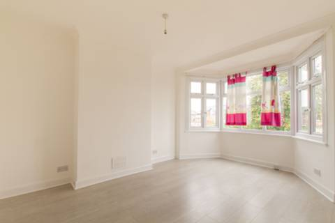 View full details for Firs Park Avenue, Winchmore Hill, N21