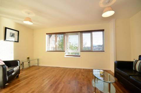 View full details for Amsterdam Road, Isle Of Dogs, E14