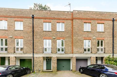 View full details for Beaufort Road, East Twickenham, TW1