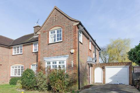 View full details for Grimsdyke Road, Pinner, HA5