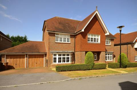 View full details for Goddard Close, Guildford, GU2