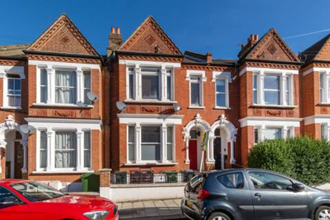 View full details for Kingscourt Road, Streatham Hill, SW16