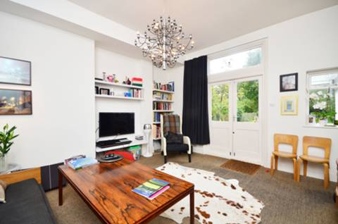 View full details for Dartmouth Road, Mapesbury Estate, NW2