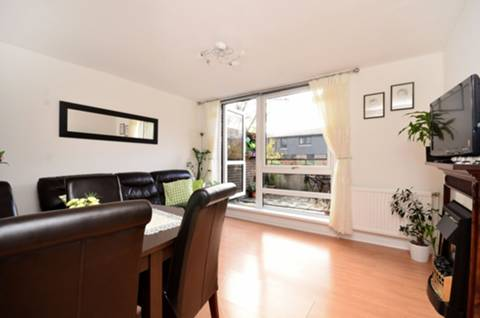 View full details for Manaton Close, Peckham Rye, SE15
