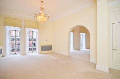 View full details for Kensington Gore, Knightsbridge, SW7