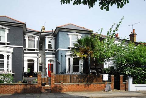 View full details for Kew Road, Richmond, TW9