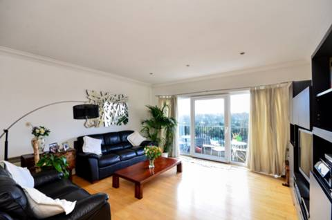 View full details for Parkview Court, Fulham, SW6