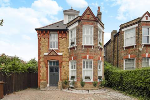 View full details for Melford Road, East Dulwich, SE22