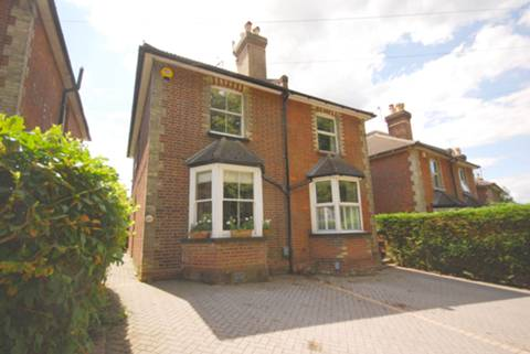 View full details for Nightingale Road, Guildford, GU1