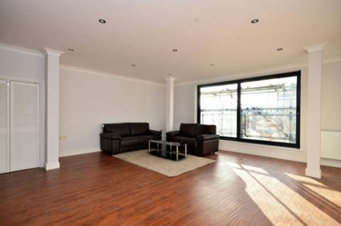 View full details for Batty Street, Aldgate, E1