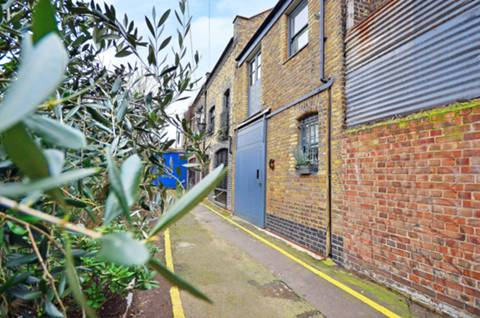 View full details for Peary Place, Bethnal Green, E2