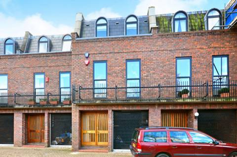 View full details for Haygarth Place, Wimbledon Village, SW19