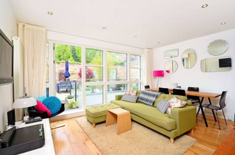 View full details for Gerards Place, Clapham Common North Side, SW4