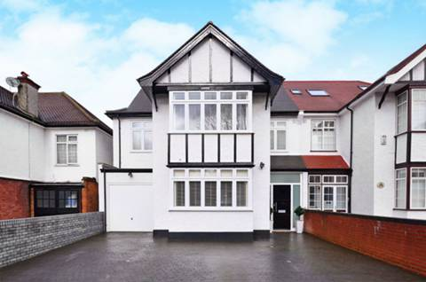 View full details for Woodbourne Avenue, Streatham Hill, SW16