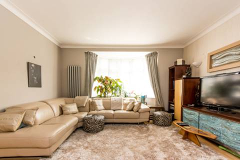 View full details for Robson Avenue, Willesden, NW10
